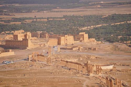 Photo credit: http://www.geographylists.com/syria_palmyra2.html