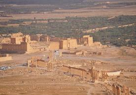 Photo credit: http://www.geographylists.com/syria_palmyra2.html